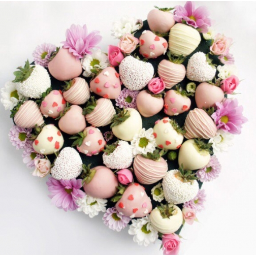 Сердце из клубники в шоколаде (1 шт/32 ягоды)-7205121