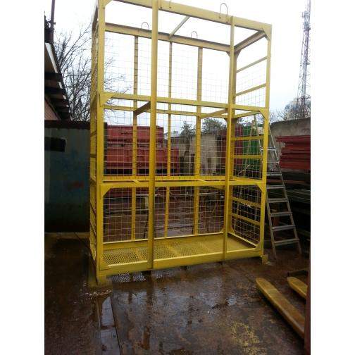 Навесная площадка для каменщиков с металлическим настилом (клетка)-6765387