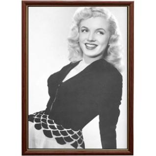 Портрет актрисы Мэрилин Монро - 2 в рамке со стеклом 30х40-908153