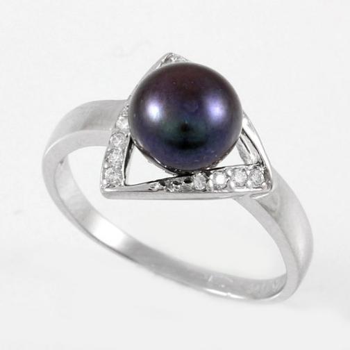 Кольцо из серебра с жемчугом черным культ. ЮК СЕРЕБРО MR3190-BL MR3190-BL ЮК СЕРЕБРО-8919676