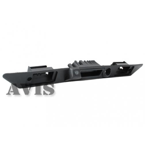CCD штатная камера заднего вида AVIS AVS321CPR для AUDI A3/A6/A8/Q7, интегрированная с ручкой багажника и планкой (#005) Avis-832921