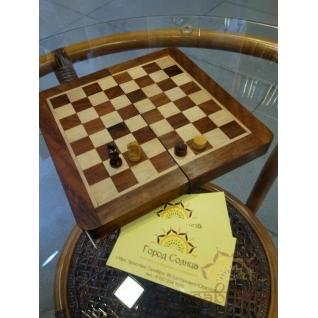 Набор шахмат и шашек-5364870