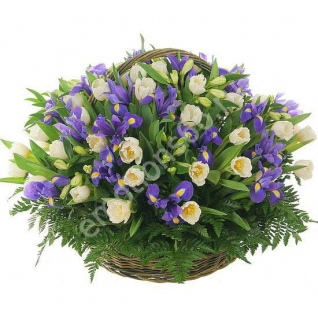 Корзинка с цветами-4-873647